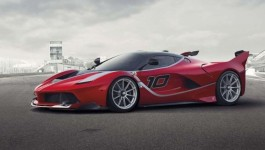 Ferrari FXX K von der Seite